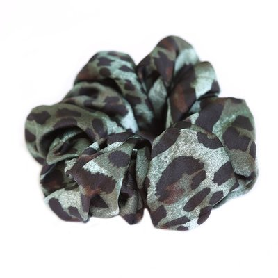 Chouchou satiné vert léopard