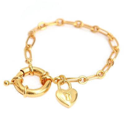 Bracelet love lock or