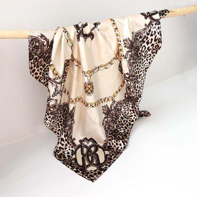 Foulard bandana en satin leo chain creme