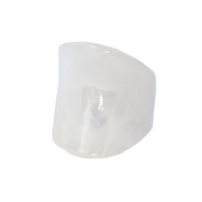 Bague white marble