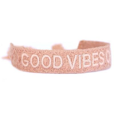 Bracelet tissé good vibes only rose nude